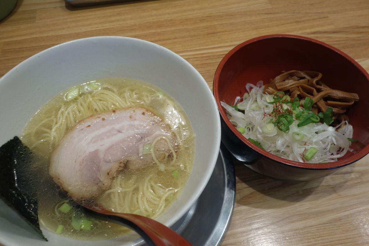 麺屋 燕6